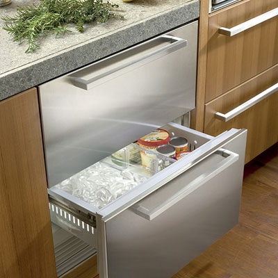 how to manually defrost a chest freezer