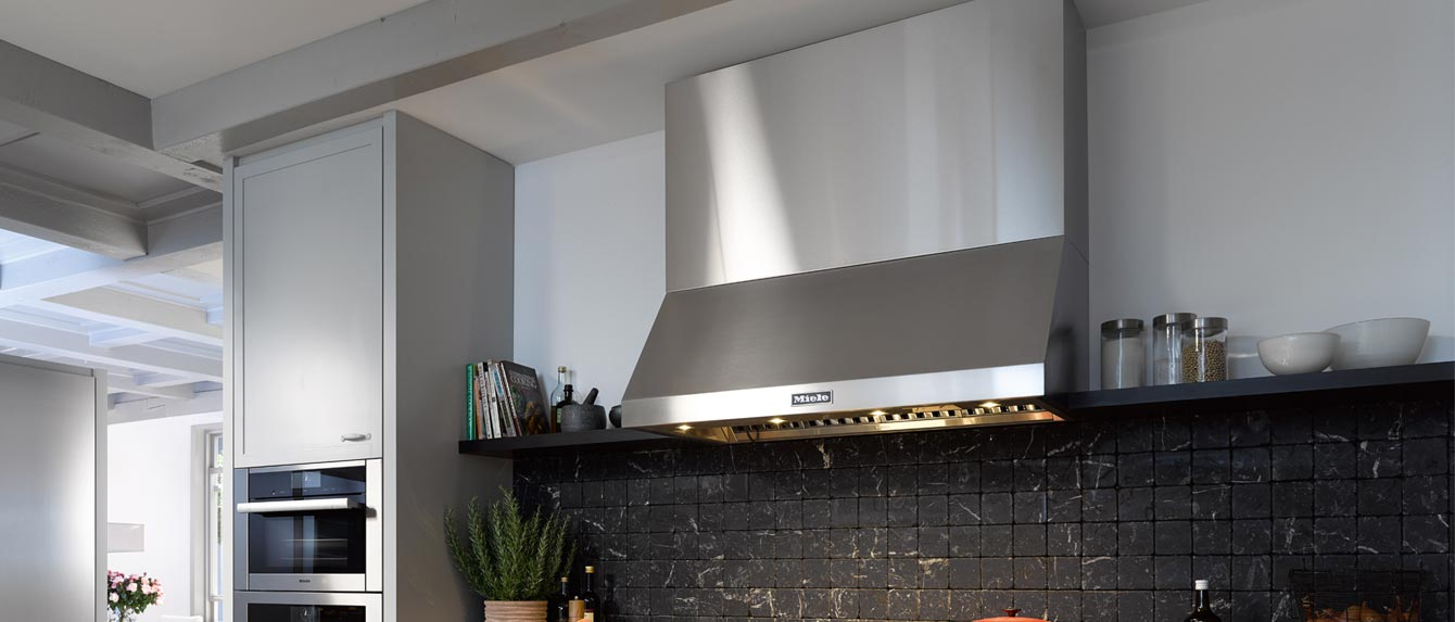 Miele DAR1250 48-Inch Wall Mount Ducted Hood