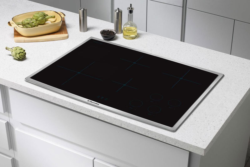EW30IC60LS Electrolux Induction Smoothtop