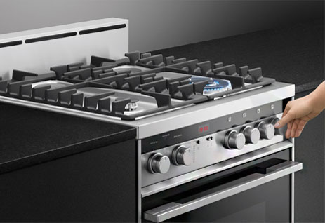 THe Fisher Paykel OR24SDMBGX2 Range