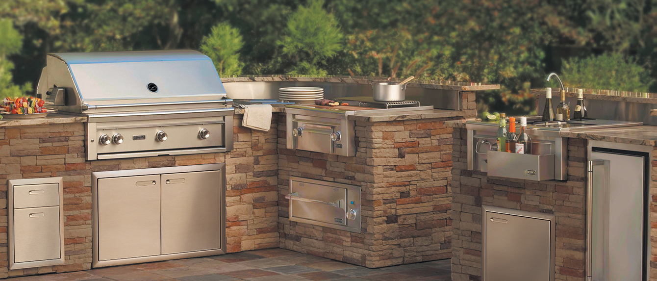 Lynx Is A Reble Manufacturer Of Premium Outdoor Grills Liances And Related Equipment This 42 Professional Series Built In Natural Gas